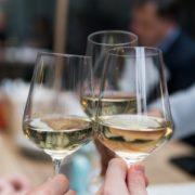 Cheers mit Wein